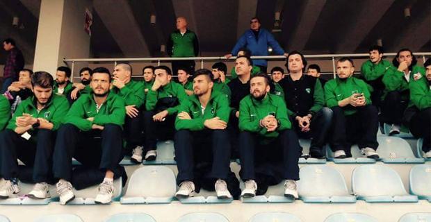 Kocaelisporlu Oyuncular Maçı İzledi