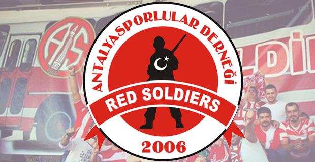 "Red Soldiers'tan ""Fanatik Alma"" Çağrısı"