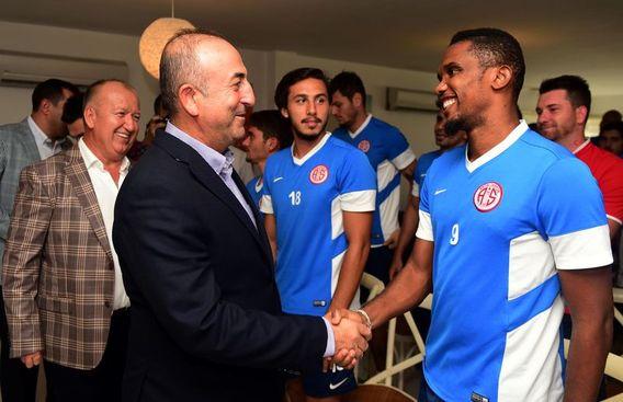 Çavuşoğlu Antalyaspor'u Ziyaret Etti