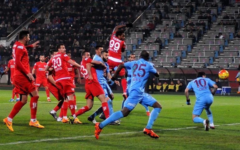 Trabzon'da Yine Galibiyet Yok: 3-0