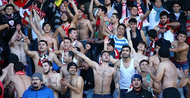 Antalyaspor'da Cezalı Taraftar Sayısı Açıklandı