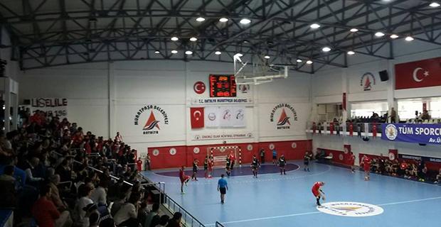 Antalyaspor Galibiyeti Kaçırdı: 28-29