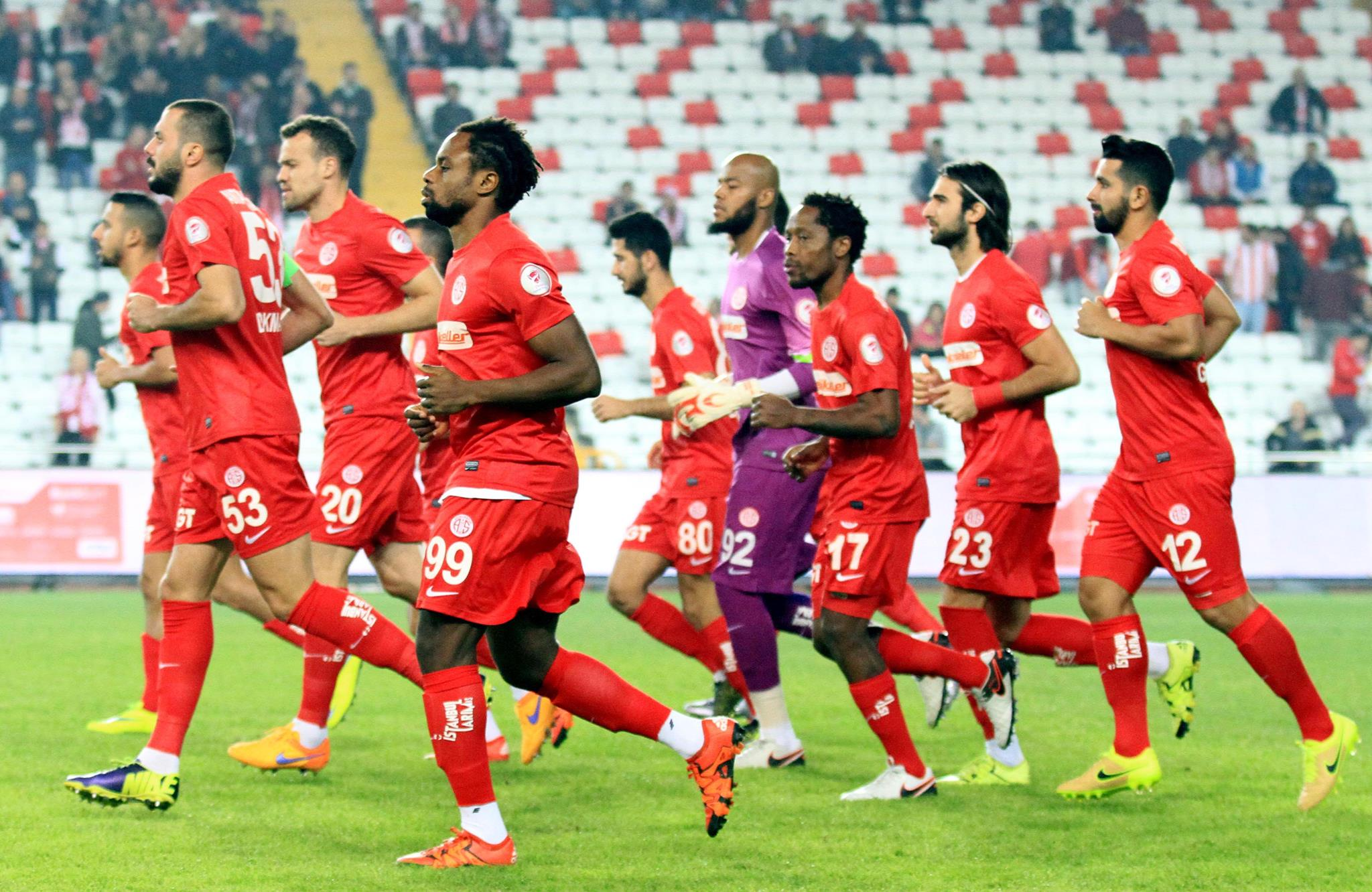 Antalyaspor'da Mbilla Sevinci