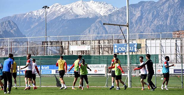 Antalyaspor'da Sivasspor Mesaisi