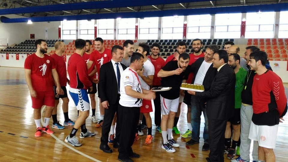 Kemer Belediyesi'nden Antalyaspor'a Ziyaret