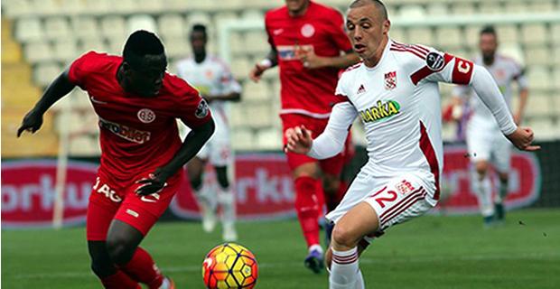 Antalyaspor Kaleyi Bulamadı
