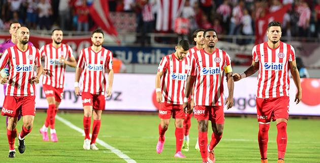 Antalyaspor Deplasmanda Şut Atamıyor