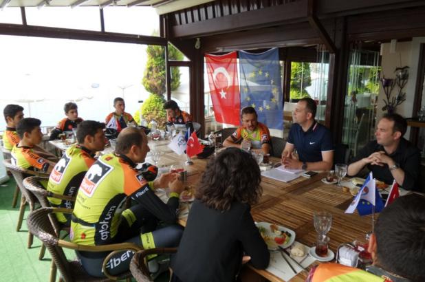 Antalya AB Bilgi Merkezi Buluşmaları Antalyaspor İle Başladı