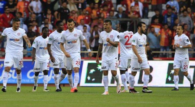 Antalyaspor Galatasaray'a Kaybetmiyor
