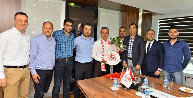 Büyük Antalyaspor Derneği'nden Uysal Ziyareti