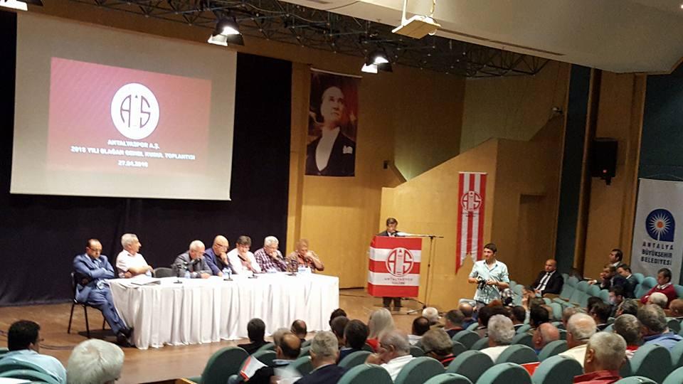 Kongrede Antalyaspor Yönetimine Eleştiri