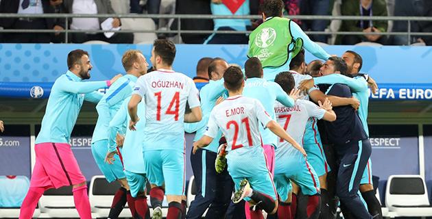 Çek Cumhuriyeti 0 – 2 Türkiye
