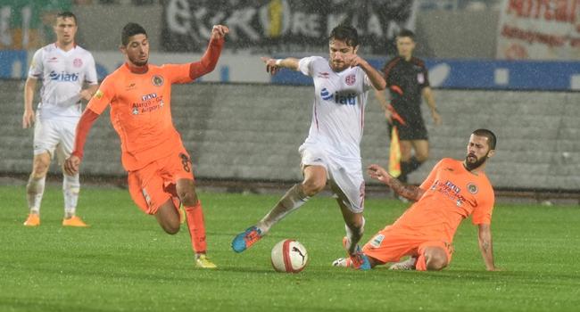 Süper Lig'deki Antalya Derbisi Bugün