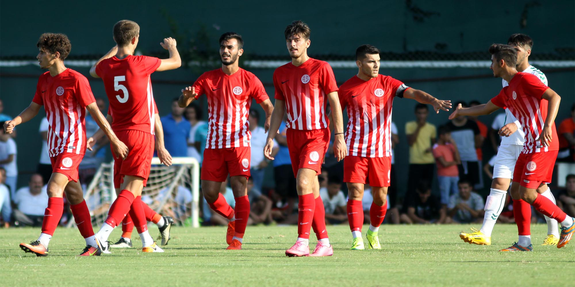 Gençler A.Konyaspor'u Devirdi