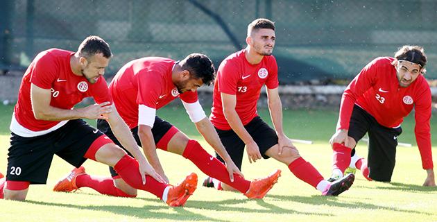 Antalyaspor Hazırlıklarını Sürdürdü