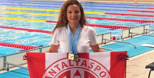 Antalyaspor Yüzmede Türkiye Şampiyonu Oldu