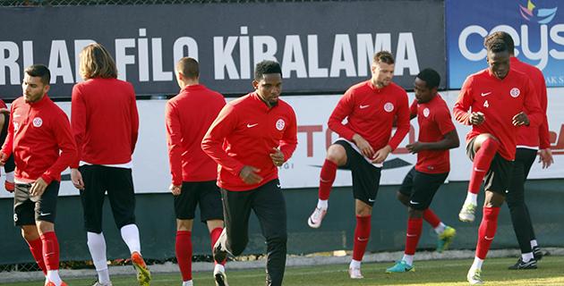 Antalyaspor'da Eto'o Sevinci