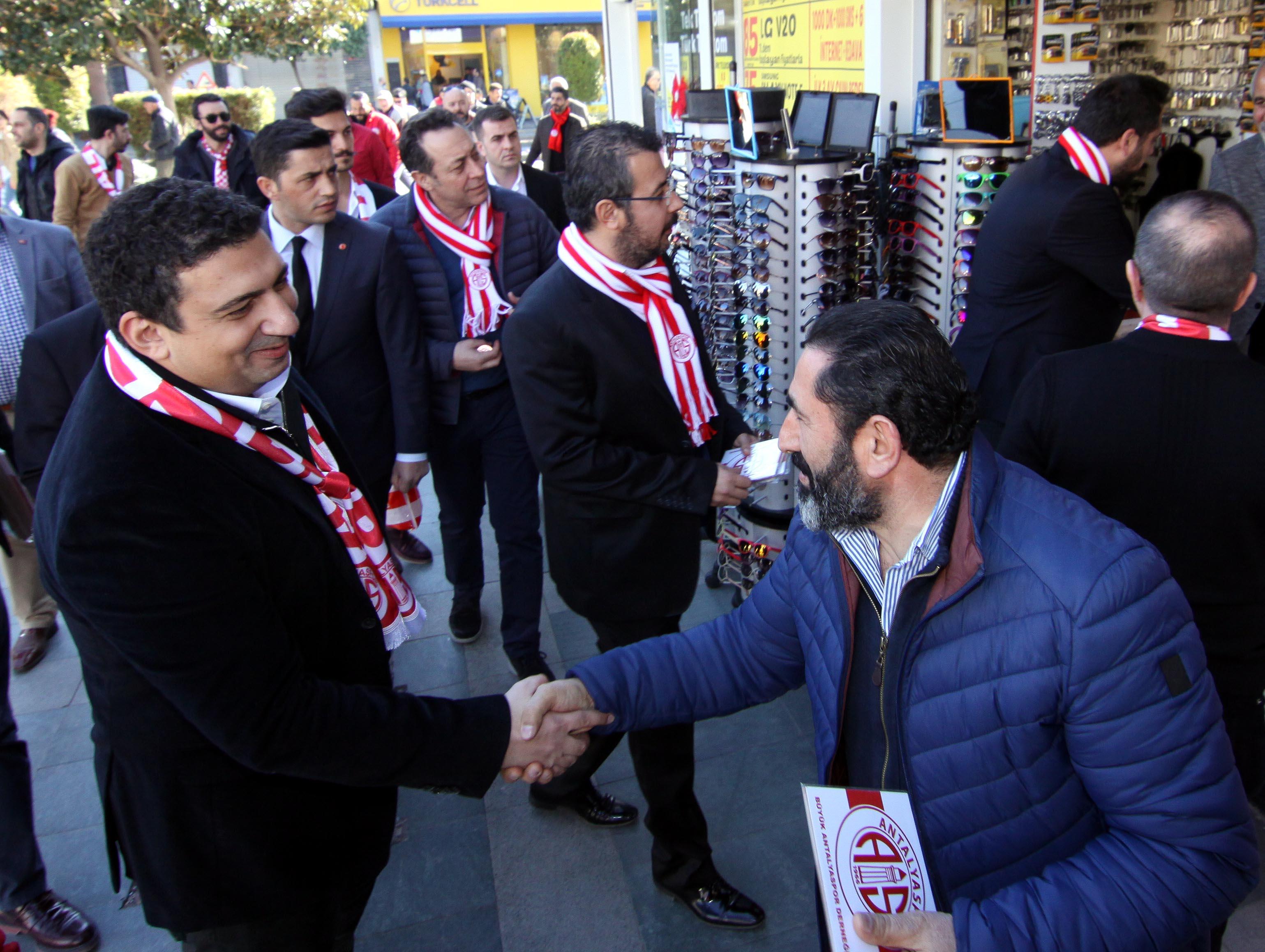 Antalyaspor'dan Esnaf Ziyareti