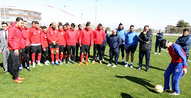 Antalyaspor Özel Konuklarını Ağırladı