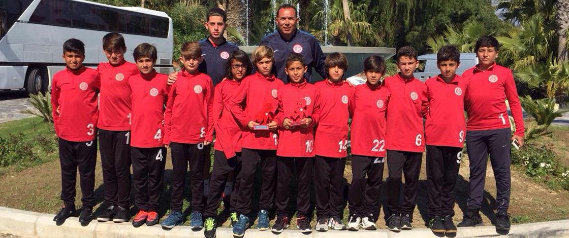 En Centilmen Takım Antalyaspor