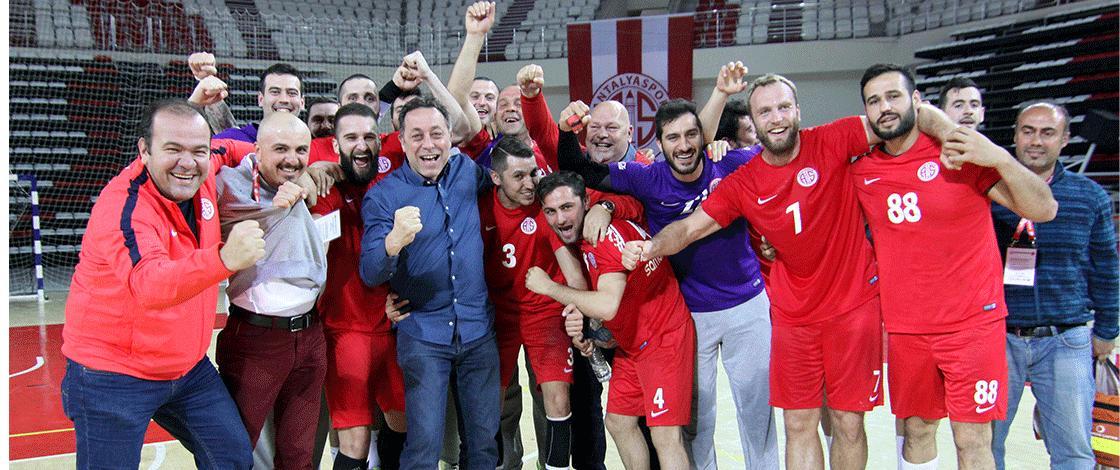 Antalyaspor Evinde Kazandı