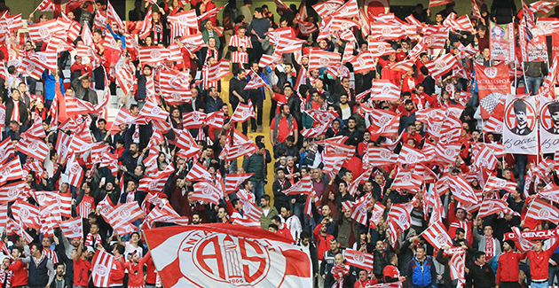 Antalyaspor'da Çifte Tribün Rekoru