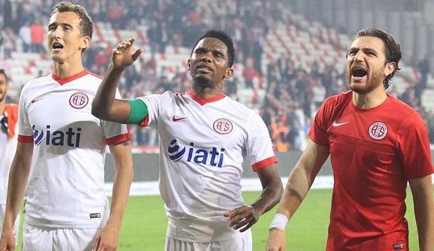 Antalyaspor'da Bir İsmin Daha Bileti Kesildi