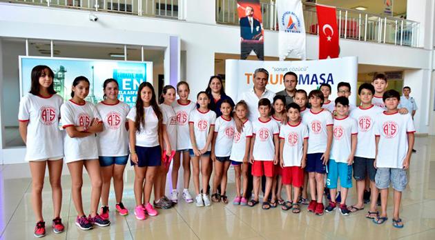 Miniklerden Muratpaşa Belediyesi'ne Teşekkür