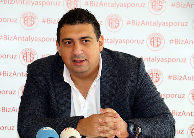 Öztürk'ten Stadyum Sponsorluğu Açıklaması