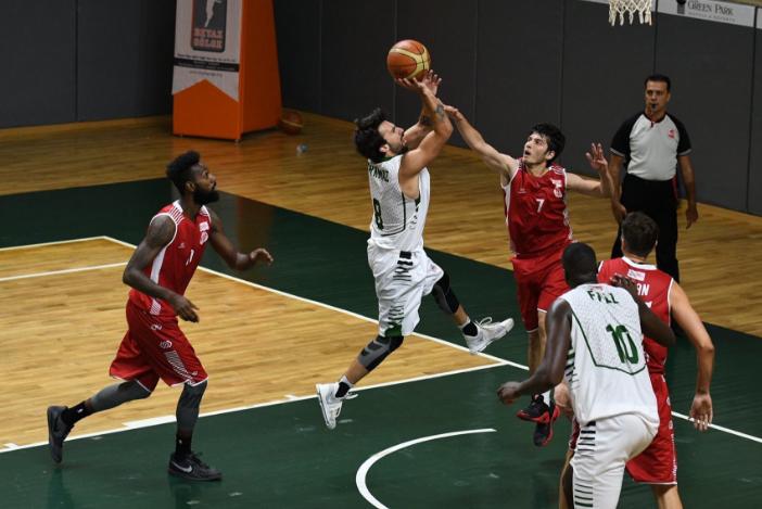 Antalyaspor Sakarya'ya Kaybetti: 72-56