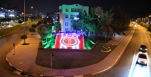 Konyaaltı'na Antalyaspor Temalı Aydınlatma