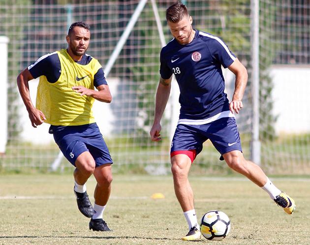 Antalyaspor'da Hazırlıklar Tempolu Sürüyor