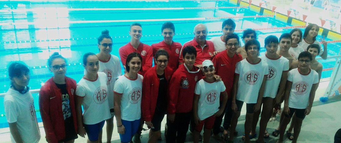 Antalyaspor'un Yüzücülerinden Yeni Başarı