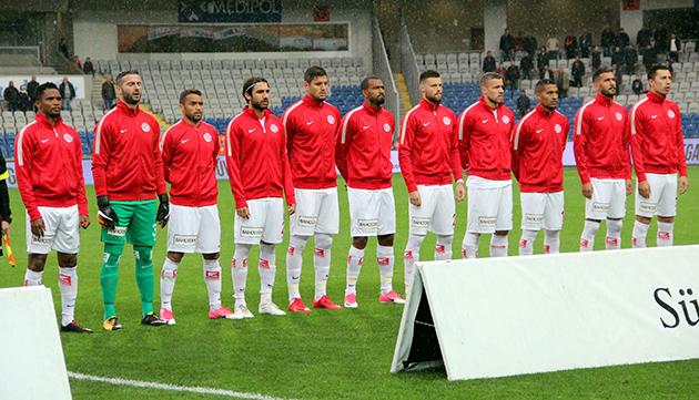 Antalyaspor Deplasmanda Kazanamıyor