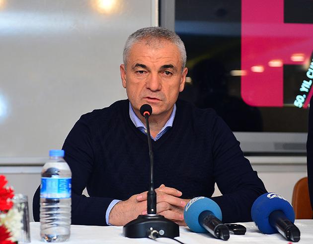 Çalımbay Antalyaspor'dan Üç Oyuncuyu İstiyor