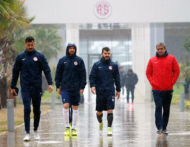 Beşiktaş Maçı Öncesi Altı Eksik