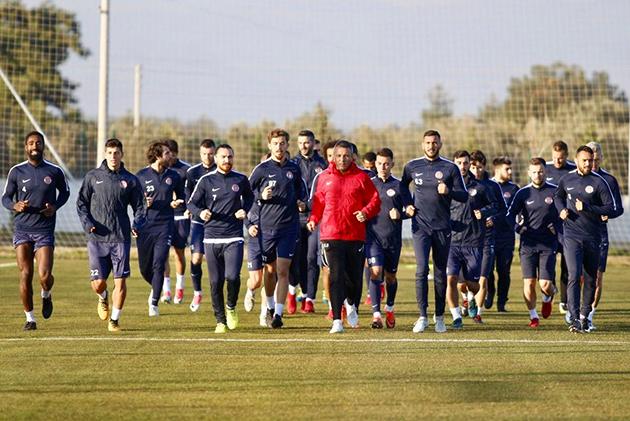 Antalyaspor'un İkinci Yarı Kadrosu Belli Oldu
