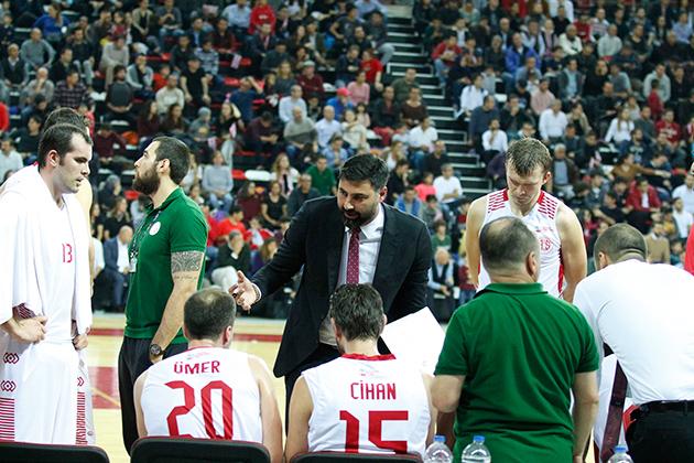 Antalyaspor Emin Adımlarla İlerliyor