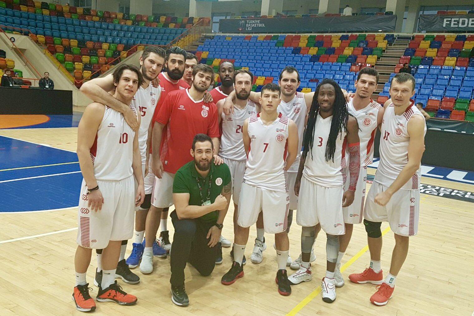 Antalyaspor Yarı Finalde: 96-86