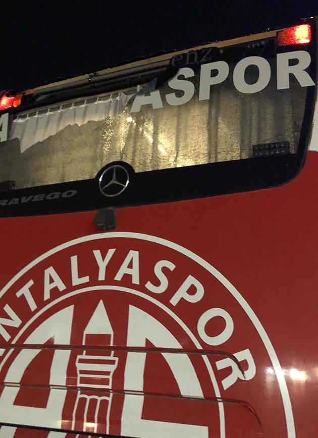 Denizli'de Takım Otobüsüne Saldırı