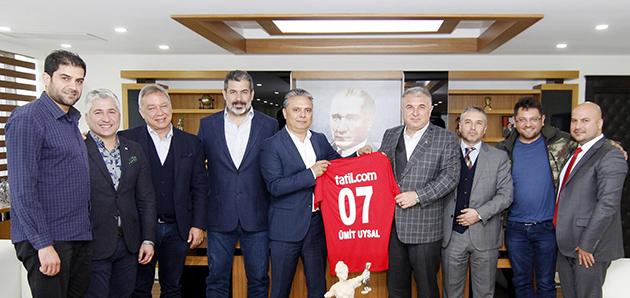 Antalyaspor'dan Uysal'a Ziyaret