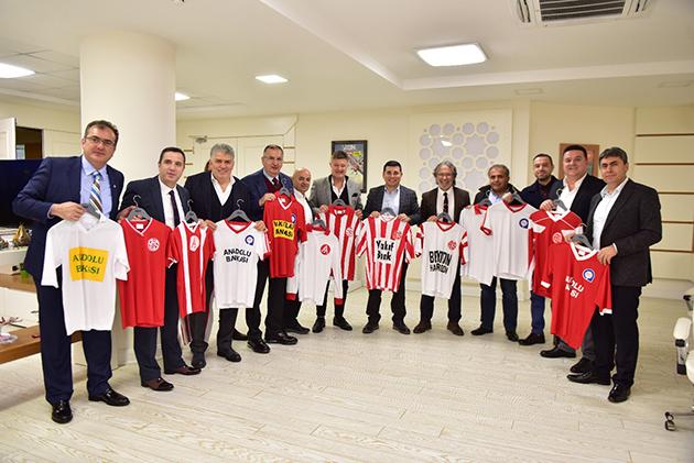 Hakan Tütüncü'den Antalyaspor Müjdesi