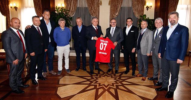 Antalyaspor'dan Vali Karaloğlu'na Ziyaret