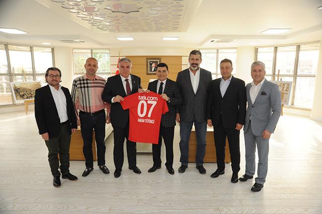 Antalyaspor'dan Tütüncü'ye Ziyaret
