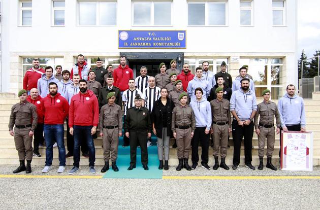 Antalyaspor'dan İl Jandarma Komutanlığı'na Ziyaret