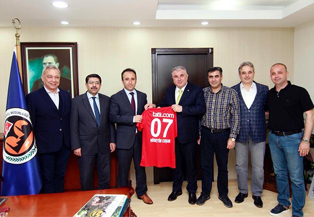 Antalyaspor'dan Coşar'a İade-i Ziyaret