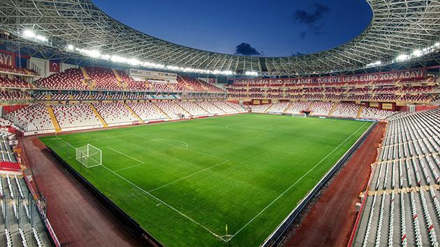 Antalyaspor'dan Loca Sahiplerine Teşekkür