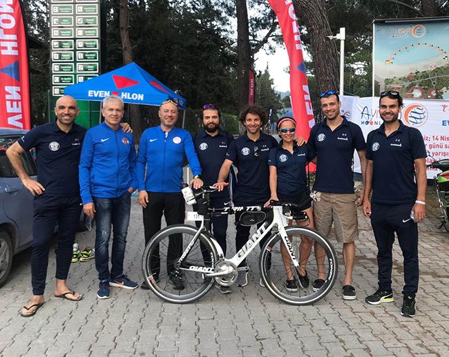 Triatlon Takımı Kemer'de Kürsüye Damga Vurdu