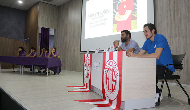 Antalyaspor'dan Uğur Okulları'na Ziyaret