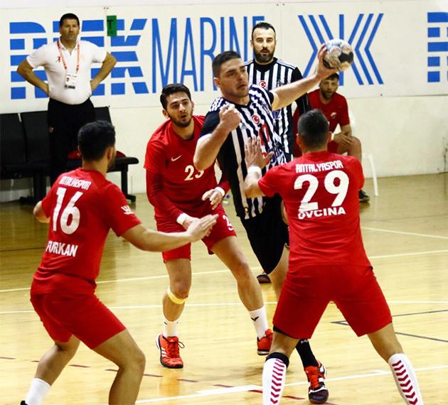 Beşiktaş Mogaz 32 – 26 Antalyaspor
